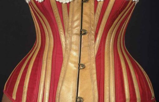 le-regime-corset-laristocratie-sinvite-a-table