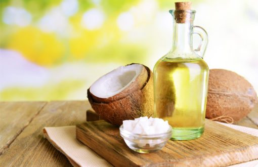 L'huile de coco jugée moins bonne pour la santé que prévu